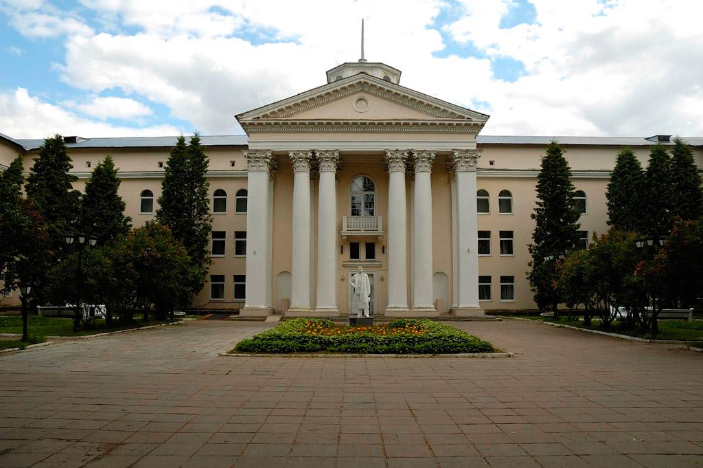 Заказ такси в Санаторий им.Горького
